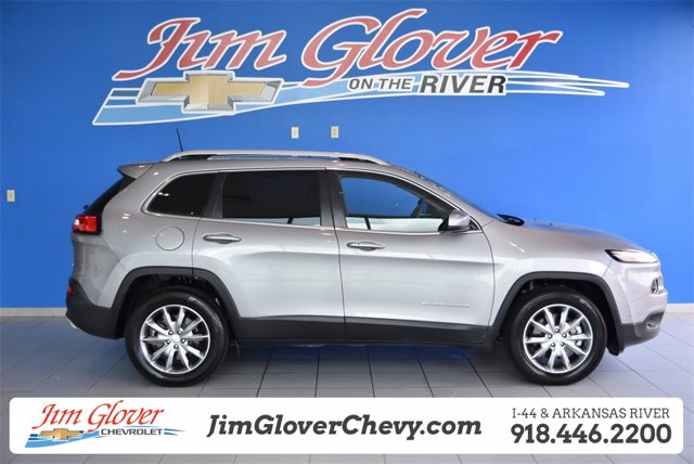 Pre-Owned 2018 Jeep Cherokee
