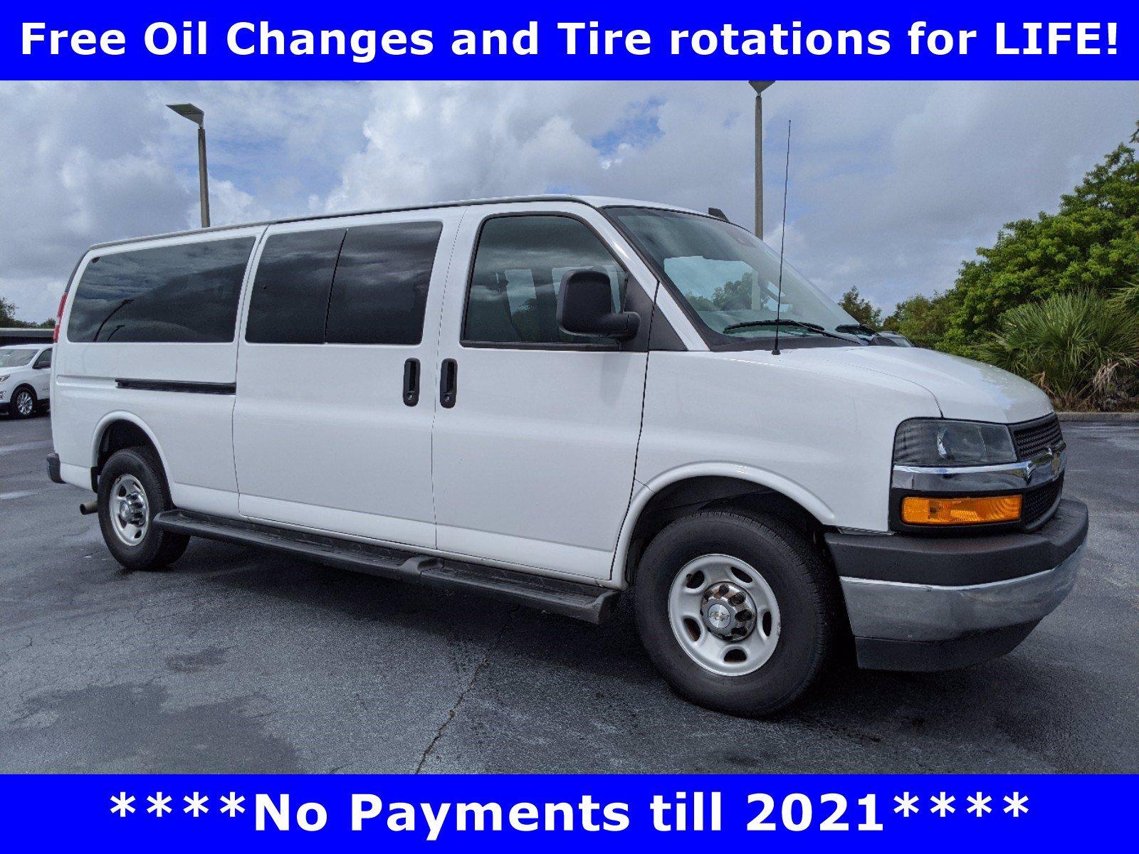 2019 Chevrolet Express Passenger 3500 LT