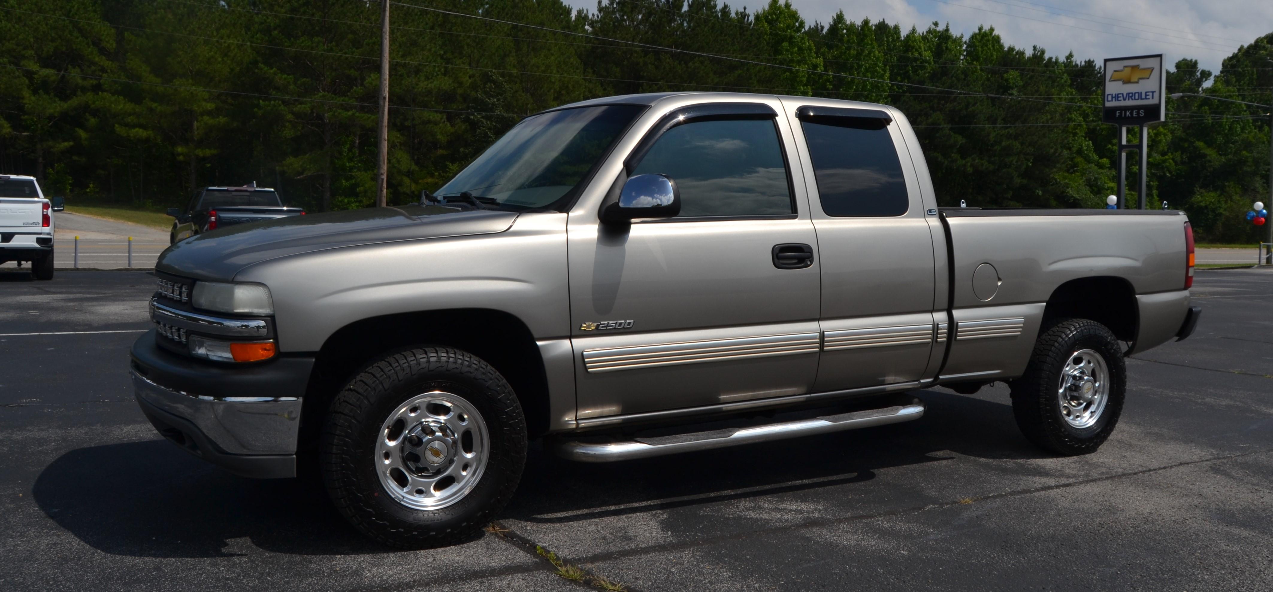 2000 Chevrolet Silverado 2500 HD LS