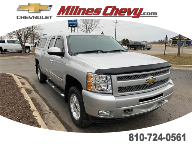 Pre-Owned 2011 Chevrolet Silverado 1500 LT FOUR_WHEEL_DRIVE Extended Cab