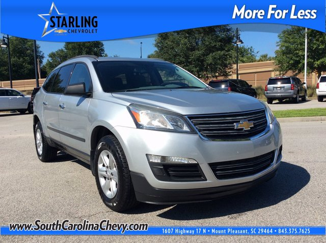 Pre-Owned 2013 Chevrolet Traverse LS