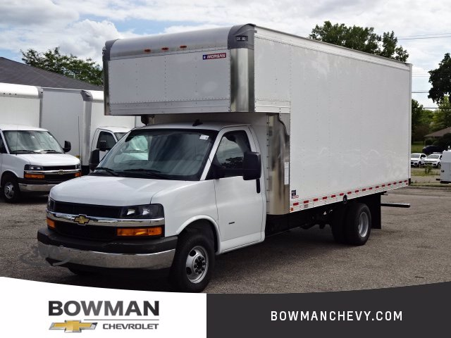 2020 Chevrolet Express Cutaway 3500 Others