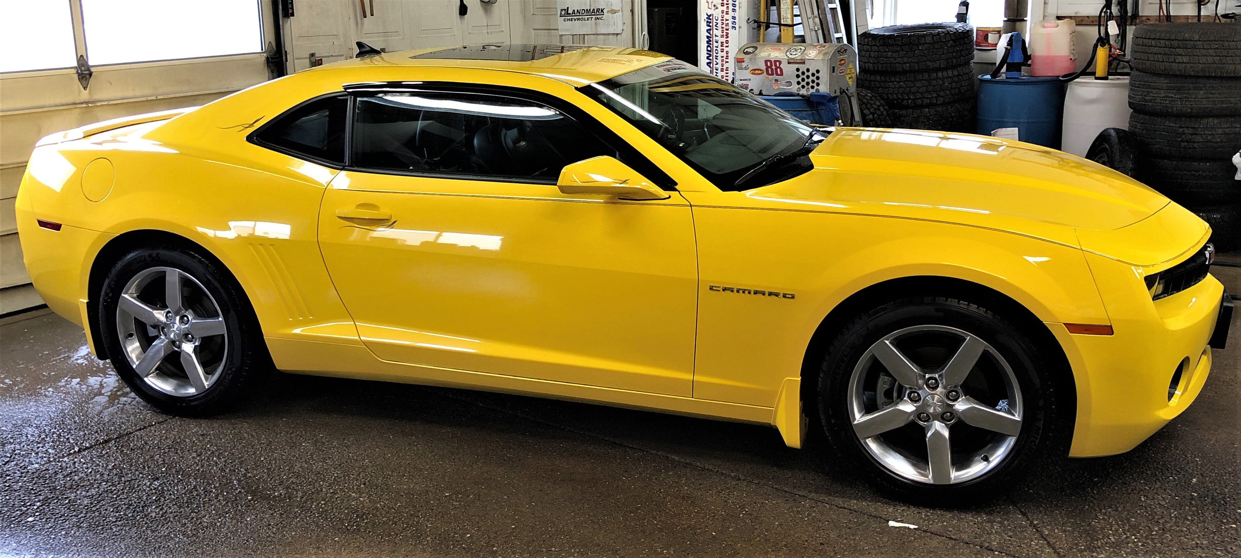 2011 Chevrolet Camaro 2LT Car