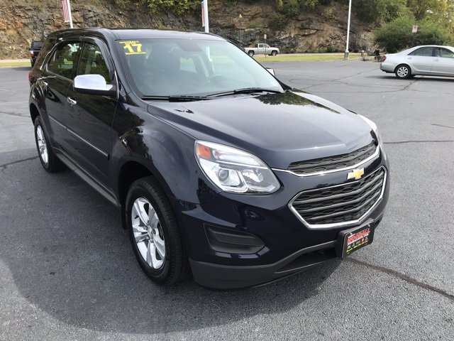 Pre-Owned 2017 Chevrolet Equinox LS FWD SUV