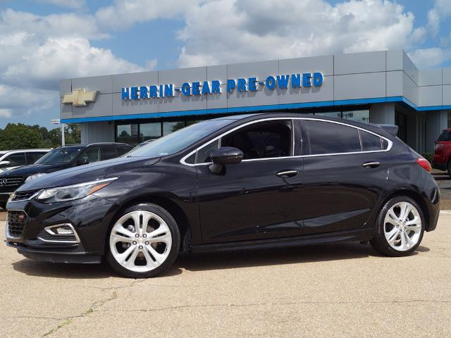 Pre-Owned 2017 Chevrolet Cruze Premier FWD Hatchback