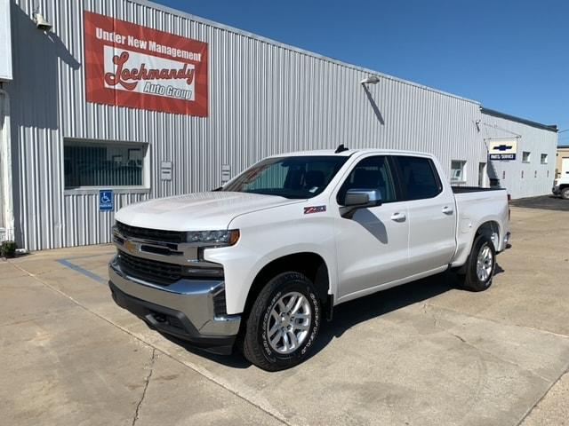 New 2020 Chevrolet Silverado 1500 LT Crew Cab Pickup 3GCUYDED0LG110432 for Sale in Elkhart IN