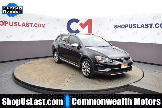 Pre-Owned 2017 Volkswagen Golf Alltrack All Wheel Drive Wagon 4 Dr.
