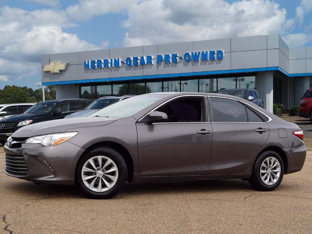 Pre-Owned 2015 Toyota Camry Sedan 4 Dr.
