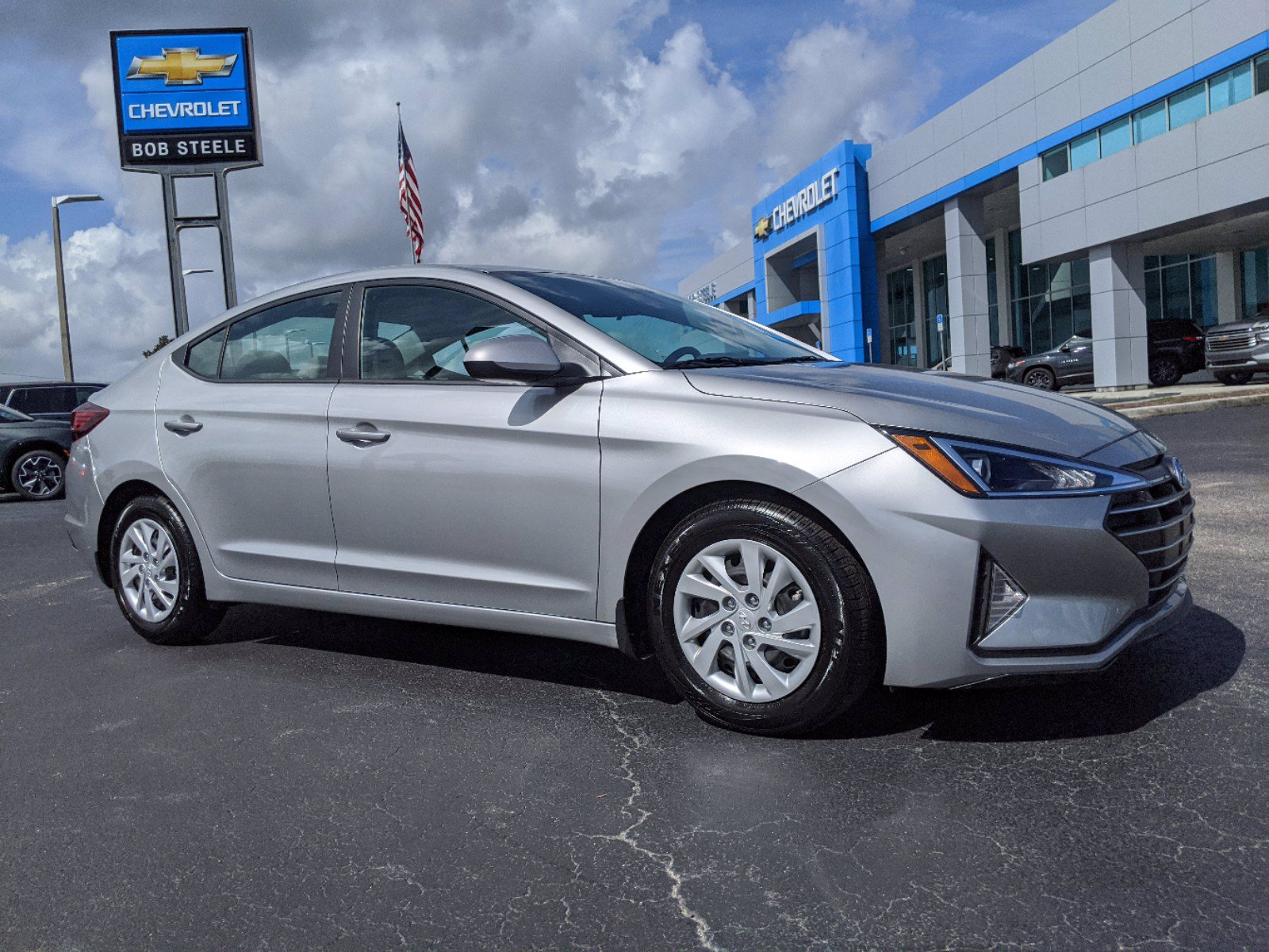 Pre-Owned 2020 Hyundai Elantra Sedan 4 Dr.