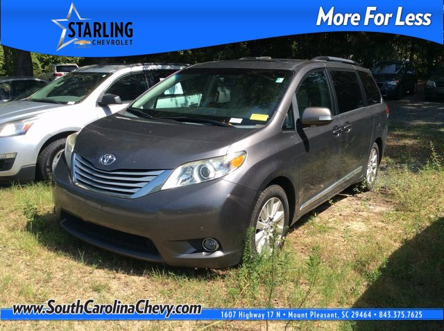 Pre-Owned 2013 Toyota Sienna Wagon 4 Dr.