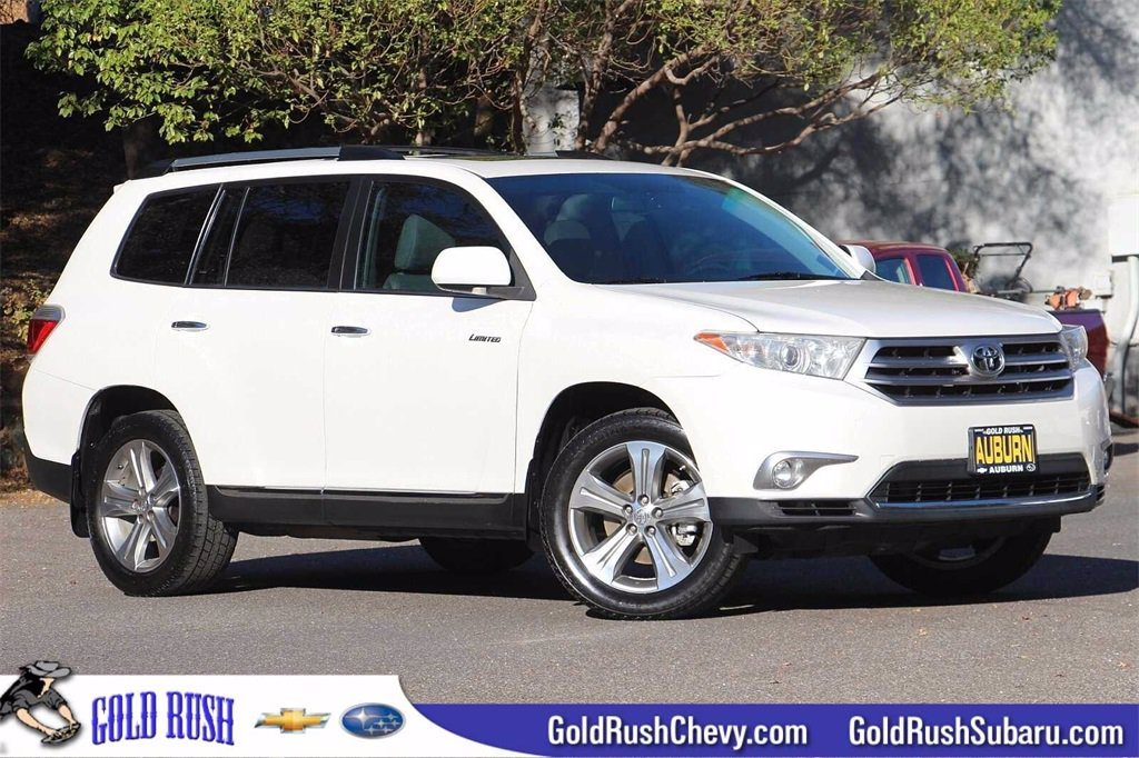 Pre-Owned 2011 Toyota Highlander Limited Wagon 4 Dr.