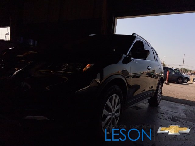Pre-Owned 2017 Nissan Rogue Sport Front Wheel Drive Hatchback 4 Dr.